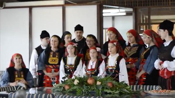 Τα παραδοσιακά κάλαντα της Σεμέλης στο Δημαρχείο των 3Β (video)