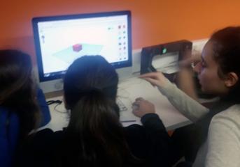 Μαθητές της Βούλας μαθαίνουν την τρισδιάσταση εκτύπωση (video)