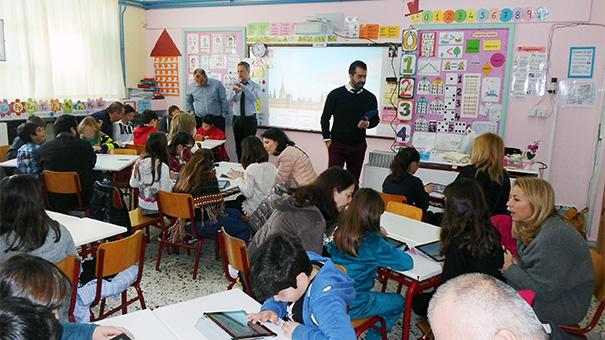 Εργαστήριο επιστημών το 4ο Δημοτικό Σχολείο Βούλας