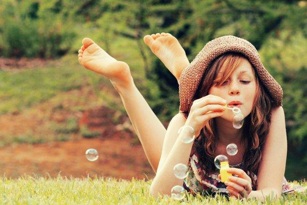 girl-happiness-photography-spring-Favim.com-599451