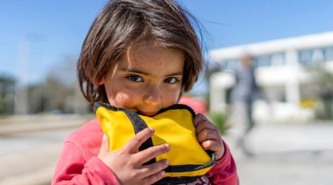 Συγκέντρωση υλικού για τους πρόσφυγες σε Βούλα και Γλυφάδα