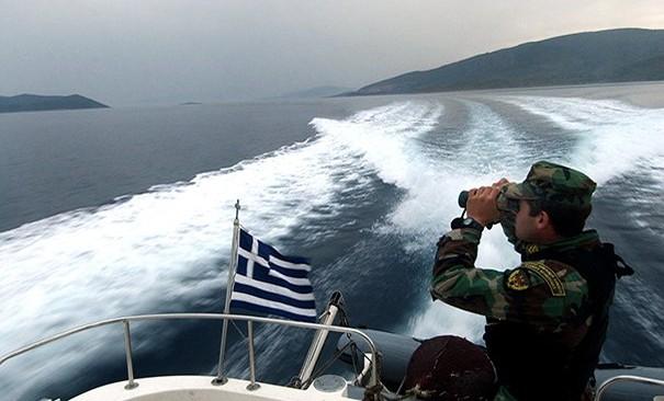 Ακυβέρνητο σκάφος εντοπίστηκε στη Βουλιαγμένη