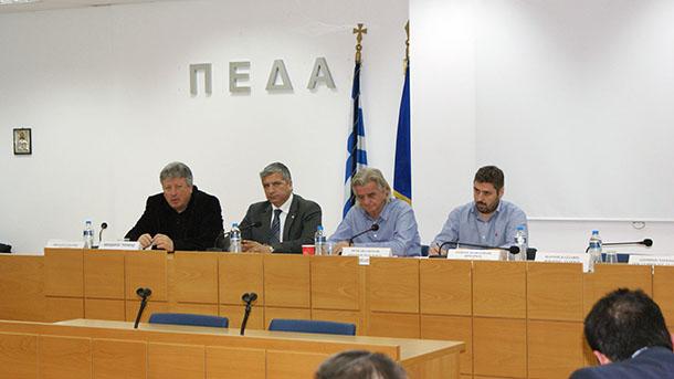 Οι δήμαρχοι της Αττικής για το προσφυγικό