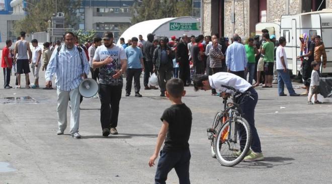 Ένταση στην πλατεία Καραϊσκάκη μετά από επίθεση εθνικιστών