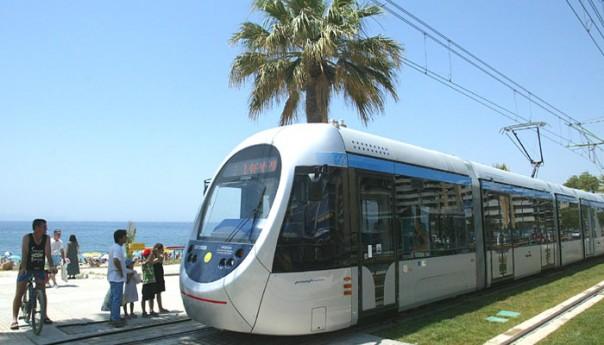 Στάση εργασίας την Πέμπτη σε μετρό, ηλεκτρικός, τραμ, λεωφορεία και τρόλεϊ