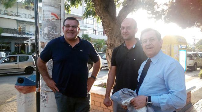 Περιοδεία στη ...Βούλα ο Νίκος Νικολόπουλος