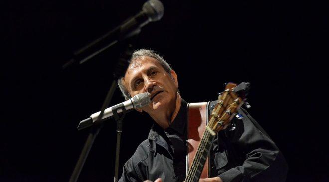 Συναυλία του Γιώργου Νταλάρα για τη Μικρά Ασία στη Βούλα