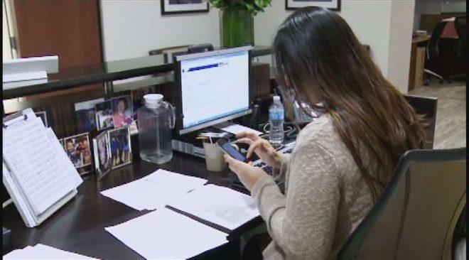 Έρευνα: Τα smartphones μειώνουν την αποτελεσματικότητα εν ώρα εργασίας