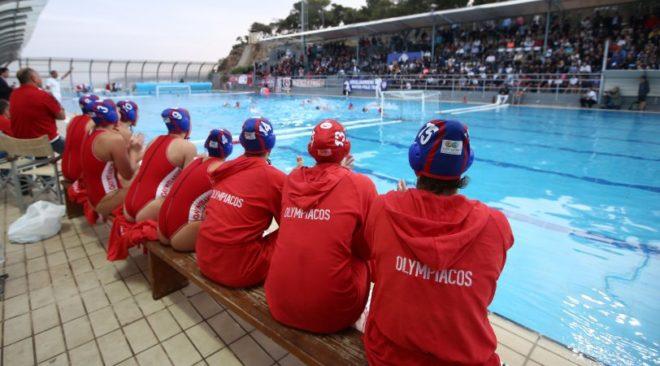 """Το """"ντου"""" στο Λαιμό και οι αθλιότητες των οπαδών του Ολυμπιακού"""