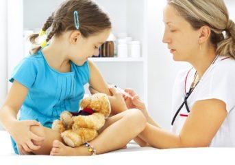 Το Ασκληπιείο Βούλας ενημερώνει για τα εμβόλια παιδιών και ενηλίκων