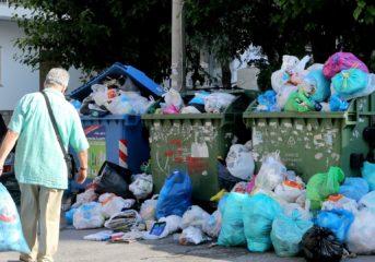 Η καθαριότητα και οι ιδιώτες: Από εκλογική πελατεία, στη λογική του εργολάβου