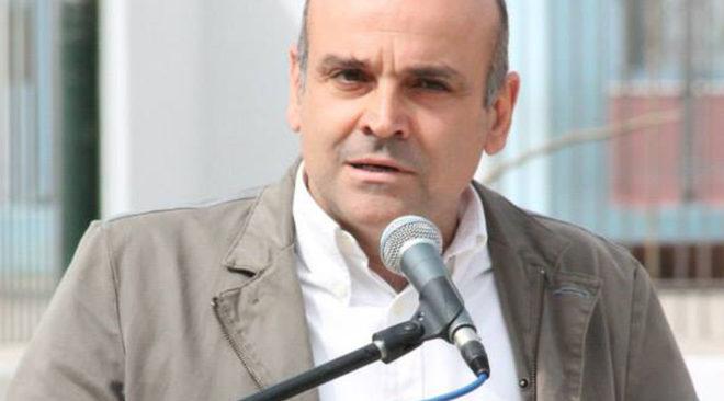 Επίθεση με μαχαίρι δέχτηκε ο δήμαρχος Ελευσίνας, Γιώργος Τσουκαλάς