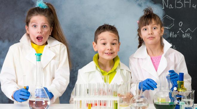 Ημερίδα φυσικών επιστημών για μικρούς και μεγάλους στη Βούλα