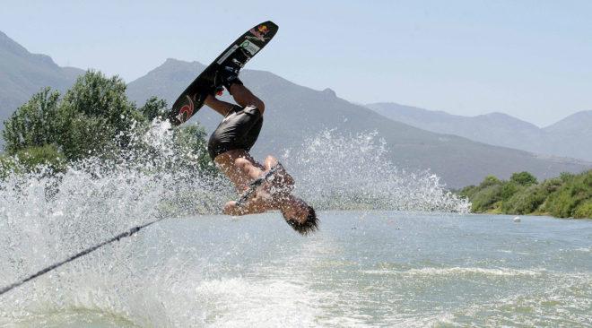Πανελλήνιο ρεκόρ στο σκι για τον Νικόλα Πλυτά του ΝΟΒ