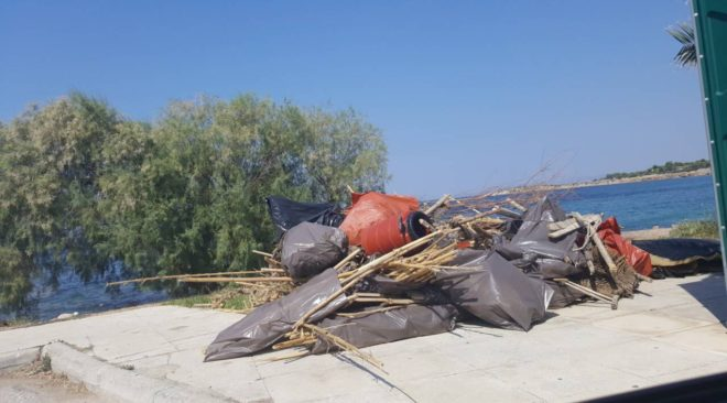 Απομακρύνθηκαν από τη Βούλα τα ...εισαγόμενα σκουπίδια