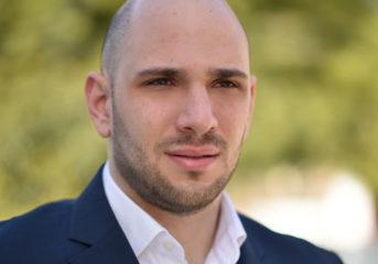 Δημήτρης Καρρας: Νέος, ωραίος και φρέσκος αέρας στο Δημοτικο Συμβουλιο