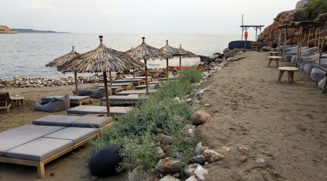 Δημοτική διαχείριση οργανωμένων ακτών προτείνει η Λαϊκή Συσπείρωση