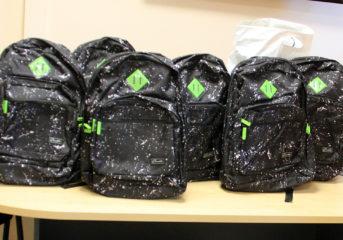 Βούλα: Γεμίζουμε σχολικές τσάντες για μαθητές που έχουν ανάγκη