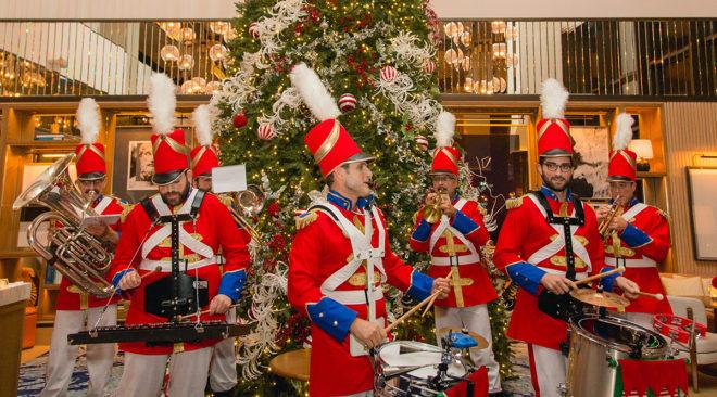 Η μαγεία των Χριστουγέννων στο Four Seasons της Αθήνας