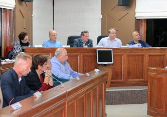 Υπέρ της πεζογέφυρας στη Βούλα σύσσωμο το Δημοτικό Συμβούλιο