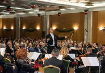 Μάγεψε η Κρατική Ορχήστρα Αθηνών στο Καβούρι (video)