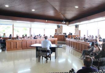 Το Δημοτικό Σχολείο Βουλιαγμένης στα έδρανα του Δήμου