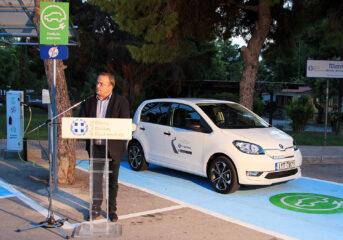 Βούλα: Ο πρώτος σταθμός φόρτισης και κοινόχρηστων ηλεκτρικών ΙΧ