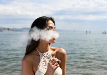 Γιατί το άτμισμα αποτελεί καλύτερη επιλογή από το κάπνισμα