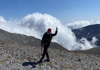 Η δημοτική σύμβουλος των 3Β που ταξιδεύει ...πάνω από τα σύννεφα